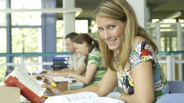 UPM Paper ENA plant Kapazitätsreduzierung bei grafischen Papieren ...